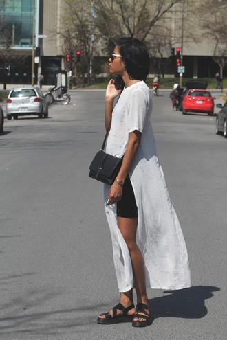 babes in velvet blogger slit t-shirt dress black sandals leather sandals