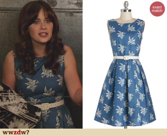 retro blogger blue dress new girl