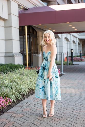 poor little it girl blogger dress bag shoes jewels