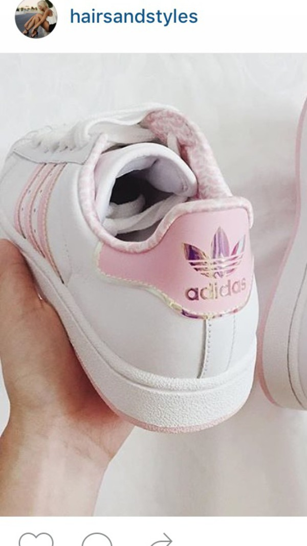 shoes adidas shoes adidas adidas superstars pink adidas holographic white pink gorgeous pretty girly girly wishlist girl sneakers white sneakers pastel pink superstars low top sneakers