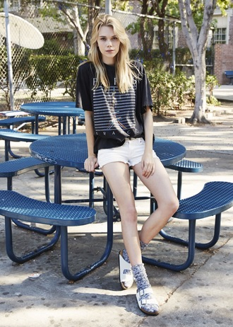 sweat the style t-shirt shorts socks shoes socks and sandals