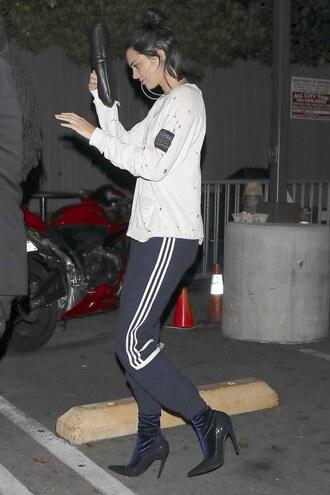 pants sweatshirt sweatpants kendall jenner model off-duty shoes