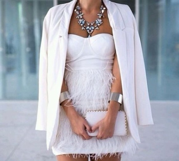 white casual dress blouse jacket coat thing jewels neckless diamond bling bling bracelets silver bag beautiful furry cocktail party white party dress georgous white dress