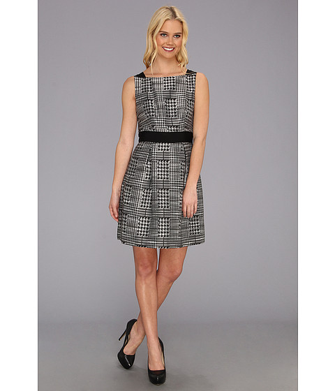 Jessica Simpson Sleeveless Fit and Flare Dress w/ Front Skirt Pleats Black/White - Zappos.com Free Shipping BOTH Ways