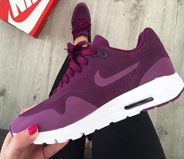 shoes nikes red air max purple lila dark red violet. Black Bedroom Furniture Sets. Home Design Ideas