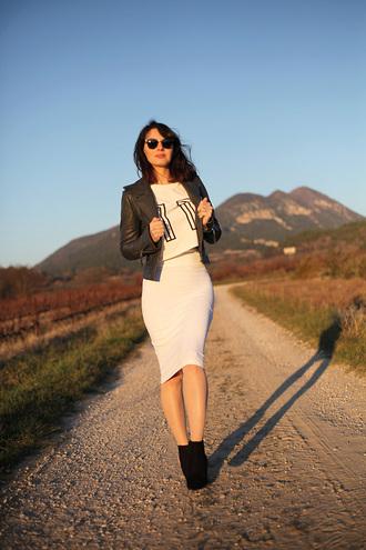 estelle blog mode blogger sweater pencil skirt bodycon skirt white skirt