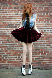velvet skirt,burgundy,shoes,skirt