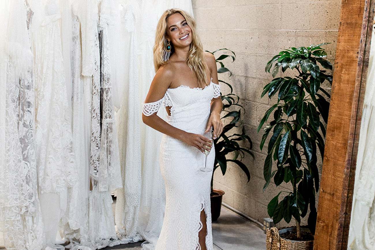 1ae9fad2758 Where to Shop for a Wedding Dress in Southern California - Green ...