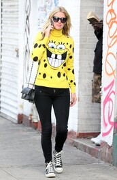 sweater,sneakers,fall outfits,nicky hilton,spongebob