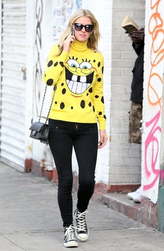sweater sneakers fall outfits nicky hilton spongebob