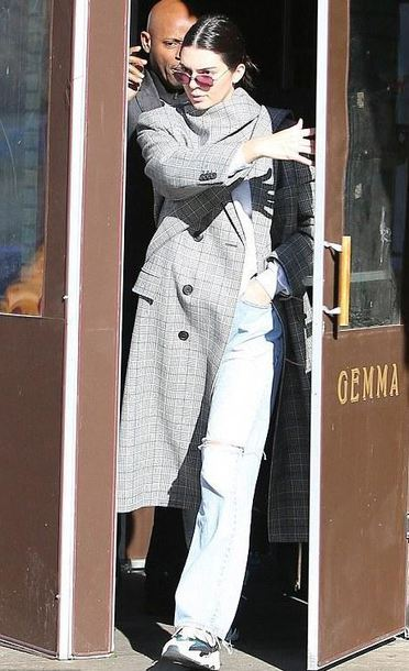 coat jeans kendall jenner streetstyle fall outfits model off-duty kardashians sunglasses