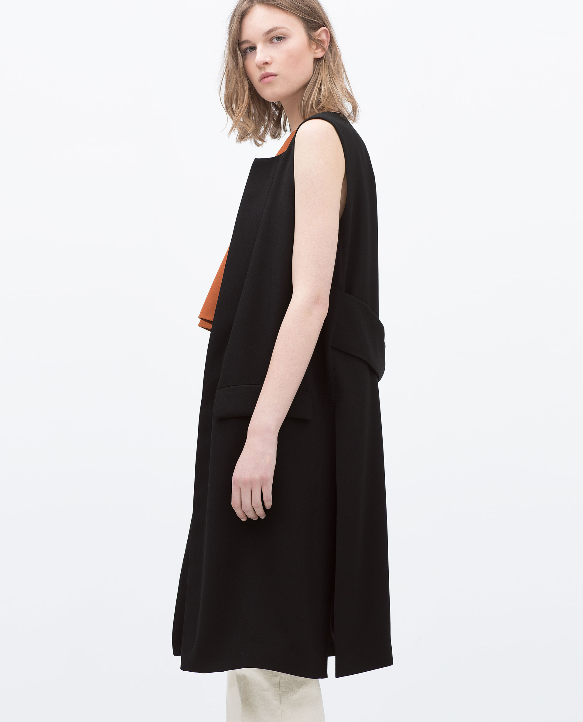 Zara's biannual sale is finally here and we are FREAKING OUT at all of these amazing deals – like, you can expect to see as much as 85% off certain products! The sale started on Dec. 28 and will last five to six weeks, giving shoppers plenty of time to enjoy and get everything they had their eyes on .