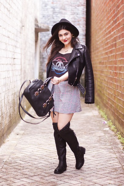 carly maddox blogger tank top hat leather jacket plaid skirt black bag graphic tee