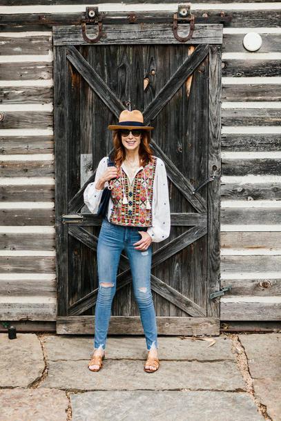themiddlepage blogger top jeans bag shoes hat sunglasses