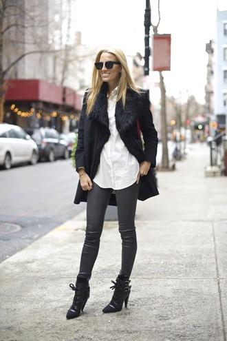 mind body swag blogger coat grey jeans black coat