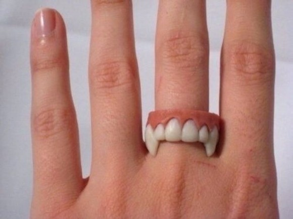jewels teeth ring