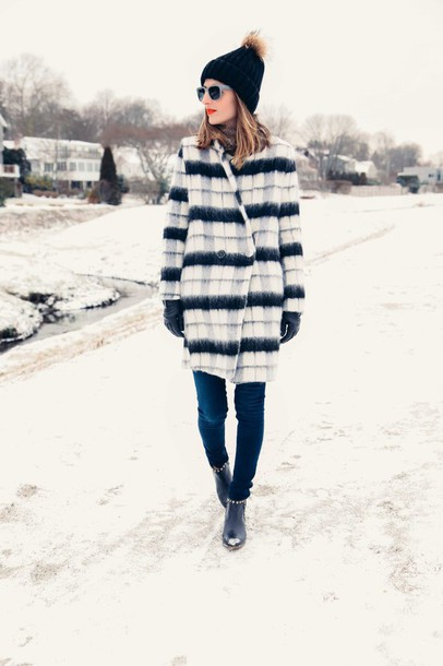 prosecco and plaid blogger gloves winter coat pom pom beanie