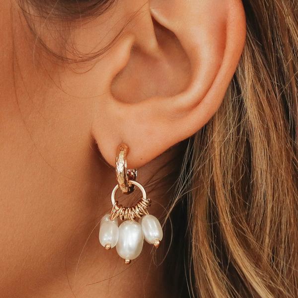 Seashore To City Pearl Earrings