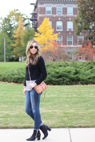 lilly's style blogger jeans bag sunglasses knitwear stripes