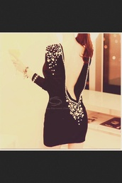 dress,black,little black dress,gems,gorgeous,backless dress,perfect,cute,pretty,heart,prom,homecoming,short dress,black and gold dress
