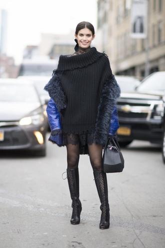 sweater jacket boots model off-duty sara sampaio nyfw 2017 fashion week 2017 runway oversized sweater streetstyle