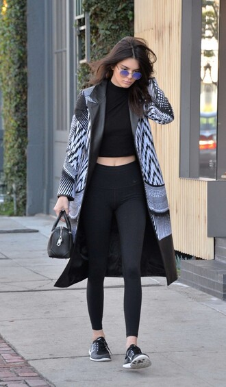top coat leggings crop tops kendall jenner sneakers