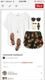 shorts,pineapple print,black,t-shirt,shirt,shoes,jewels,sunglasses,pants,pineapple pattern,pineapple shorts,pineapples shorts,pineapple,cute shorts,black shorts