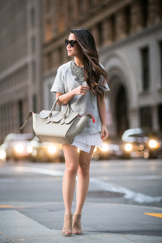 wendy's lookbook blogger silver necklace coin necklace grey t-shirt celine bag