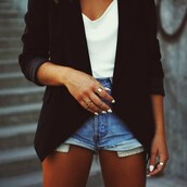 jacket,black,blazer,clothes,shirt,shorts,blouse,cute,classy,casual,white,fall outfits,chic,black blazer,levi's shorts,jeans,denim,tan,tanned,black jacket,semi formal,chiffon tank,denim shorts,relaxed fashion,cardigan,elegant,fashion