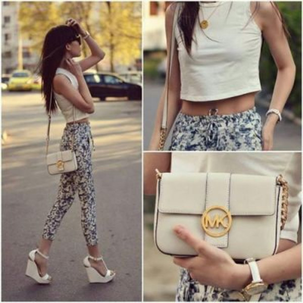 pants floral bottom spring summer stylist scarf t-shirt shoes jeans blue pattern jeans skinny jeans skinny pants
