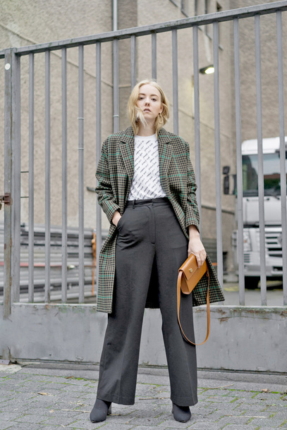 coat tumblr green coat plaid plaid coat top white top pants black pants bag handbag fall outfits boots