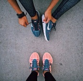 shoes,nike,bright sneakers,sports shoes,nikes,workout leggings,pants,running,skins,tights,flyknit,nike roshe run,grey,running shoes,nike shoes,low top sneakers,blue
