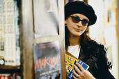 sunglasses,julia roberts,black sunglasses,cat eye,90s style,vintage
