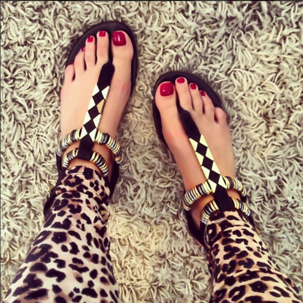 shoes sandals flat sandals black sandals gold sandals - Shoes: Sandals, Flat Sandals, Black Sandals, Gold Sandals - Wheretoget