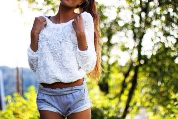 shorts jeans blue white summer outfits crop tops crochet top lace shirt lace top shirt