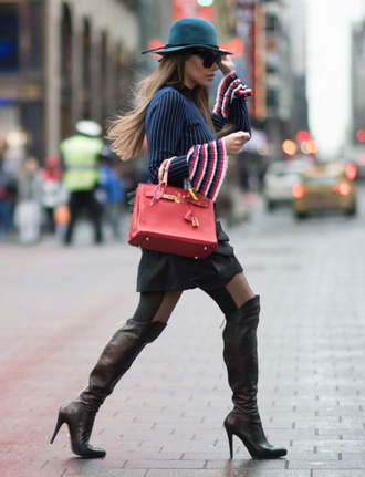 sweater nyfw 2017 fashion week 2017 fashion week streetstyle blue sweater boots black boots over the knee boots over the knee high heels boots hat skirt mini skirt black leather skirt leather skirt