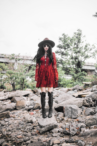jag lever blogger lace dress red lace red dress lace up boots long sleeve dress round sunglasses
