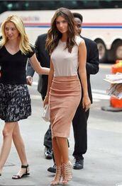 skirt,top,pencil skirt,emily ratajkowski,sandals,summer outfits,shoes