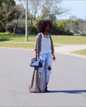 chicstylez360 blogger cardigan shoes bag tank top jewels blue bag ripped jeans kimono