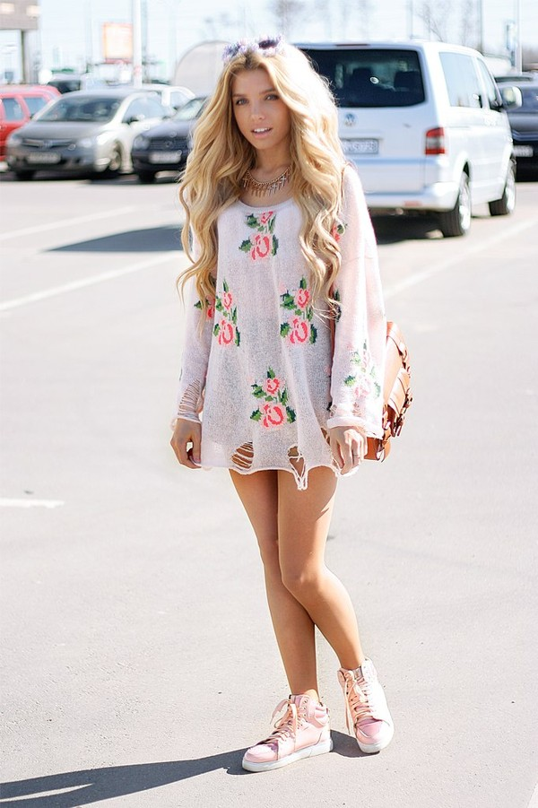 dress floral short dress boho jewels roses streetstyle shirt flowers long sleeves tunic cute summer outfit blouse