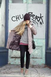 orchid grey,coat,sweater,t-shirt,jeans,shoes,hat,jewels,bag