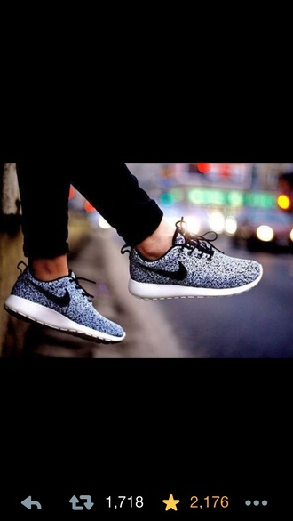 shoes roches run roche grey grey and black nike sneakers