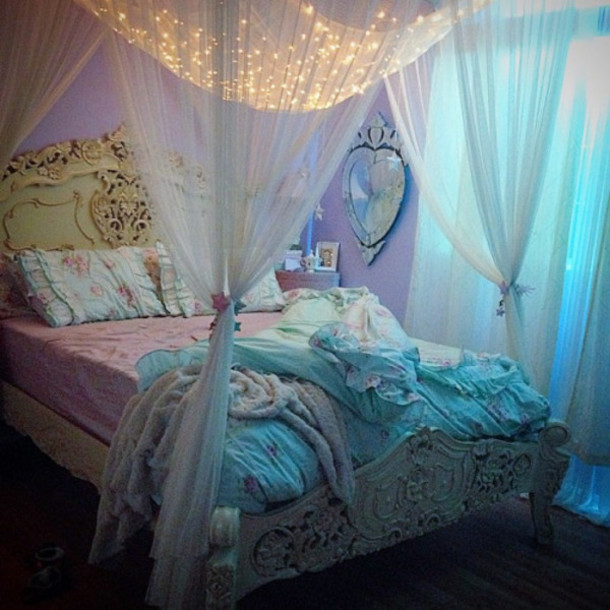 Curtains For Canopy Bed Frame home accessory: bedroom, blackets, princess, vintage, pillow, idea