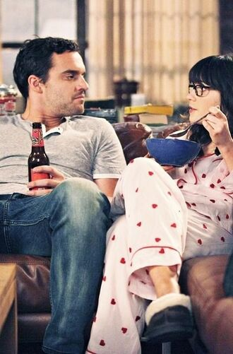 pajamas new girl tv show silk pink pajamas heart mens jeans mens shirt zooey deschanel celebrity jake johnson