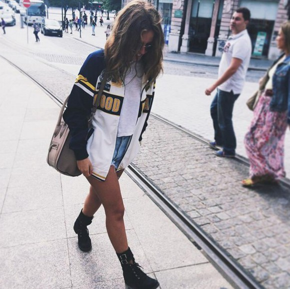 bag jacket girl style girly hairstyles t-shirt white t-shirt tumblr outfit purse tumblr style varsity jacket blue yellow white