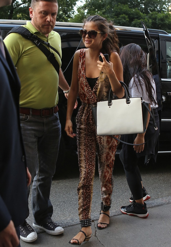 Steal: Selena Gomez's New York City Staring At Stars Tie-Dye Surplice Jumpsuit | The Fashion Bomb Blog : Celebrity Fashion, Fashion News, What To Wear, Runway Show ReviewsThe Fashion Bomb Blog : Celebrity Fashion, Fashion News, What To Wear, Runway Show Reviews