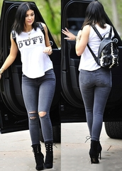 kylie jenner,backpack,jeans,boots,t-shirt,bag,shirt,shoes,pants,kylie jenner jeans,skinny jeans