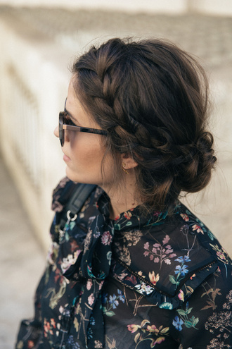 hair accessory tumblr hairstyles braid brunette sunglasses blogger printed shirt floral flowers