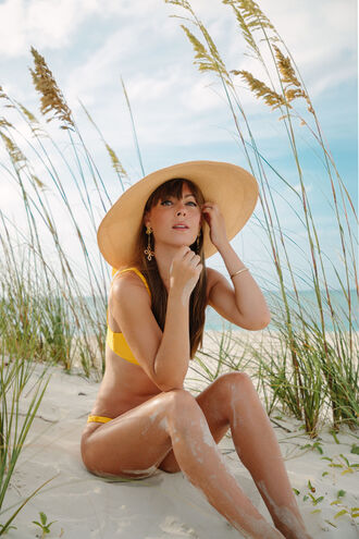 swimwear hat tumblr swimwear two piece bikini bikini top bikini bottoms sun hat big hat jewels
