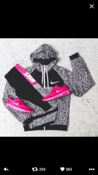 shoes pink nike windbreaker yoga pants